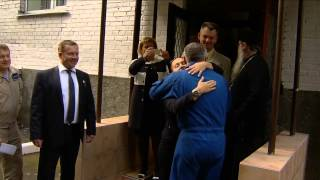 Expedition 41/42 Crew Departs for Kazakh Launch Site