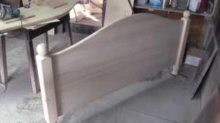 видео Двуспальные кровати из массива дерева