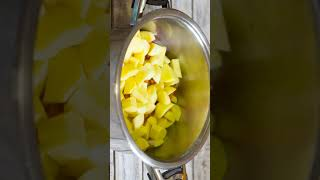 Тушеная картошка с мясом в кастрюле простой и сытный рецепт shorts