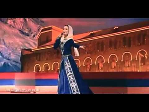 Картинки по запросу чеченка поёт об Армении фото