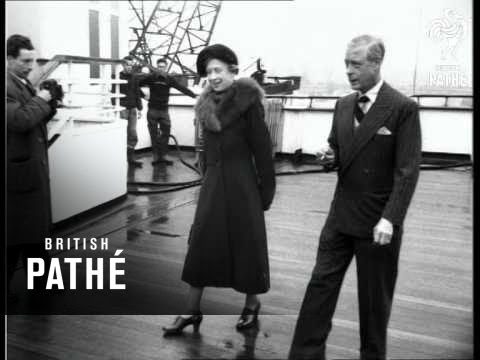 Southampton - Princess Royal And Duke Of Windsor Arrive To See Queen Mary (1953)