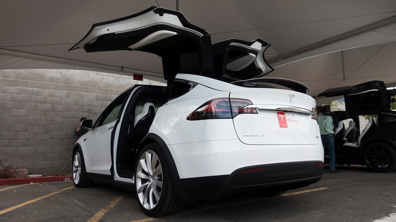 hight resolution of tesla model x first drive