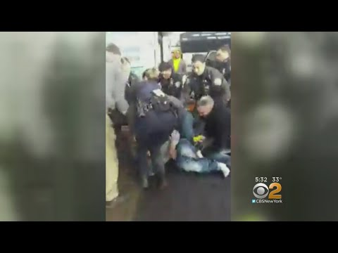 Community Outraged Over NYPD's Use Of Taser During Arrest In Far Rockaway