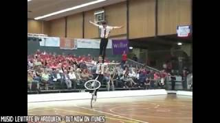 PEOPLE ARE AWESOME 2013(SUPER WICKED CRAZY STUNTS)