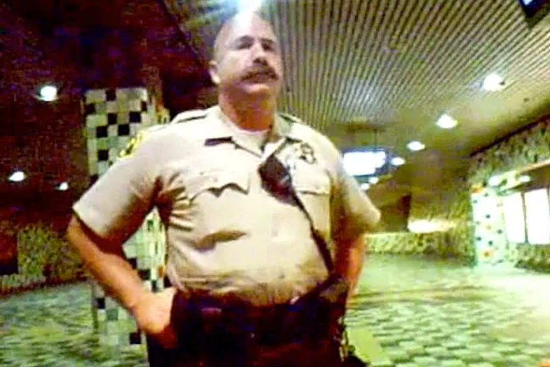 Full Version of Shawn Nee Detainment by Los Angeles Sheriff's Department Deputies