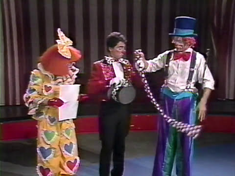 Ringling Bros. - How to be A Clown