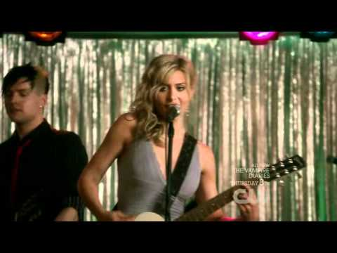 Download Hellcats - Rolling Stones - Let's Spend The Night Together - Season 1 - Episode 16