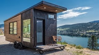 Gorgeous Tiny House Built For Traveling