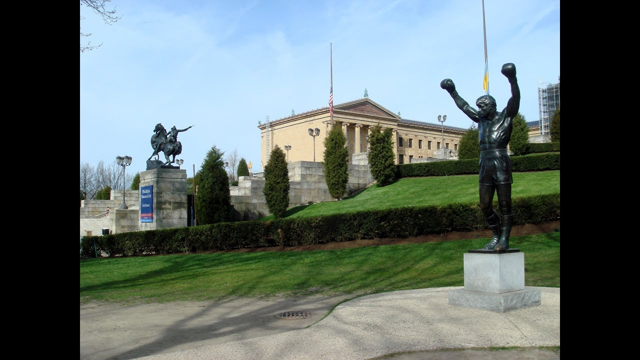 Super Bowl 2018: Someone put a Patriots jersey on the Rocky statue ...