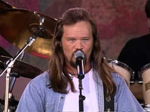 Travis Tritt Here's A Quarter (Call Someone Who Cares) (Live At Farm Aid 2000)