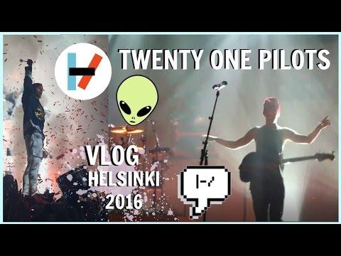 I HELD UP JOSH✶Twenty One Pilots Helsinki concert vlog