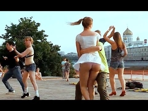 Russian public dance on the waterfront