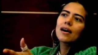 Entrevista con LILA DOWNS sobre LA PAZ
