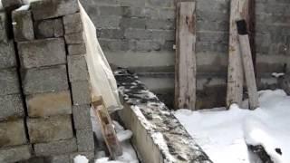 закупка пиломатериала(О том,как я укладывал на сушку и пилил пиломатериал, как перезимовали арболитовые стены без крыши., 2014-04-08T04:27:39.000Z)