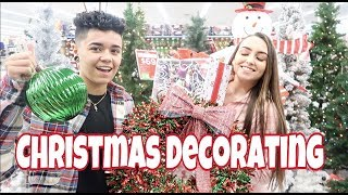 CHRISTMAS DECORATE WITH US! *Too Cute*