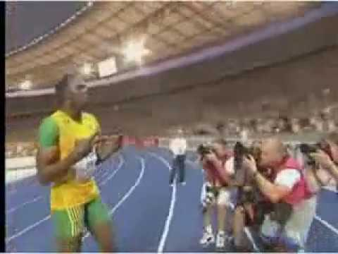 Usain Bolt 200 meter World Record 19.19