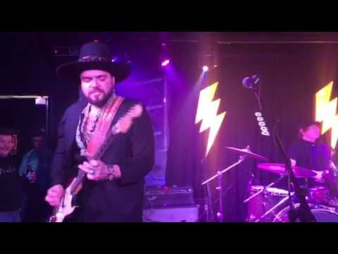 SRV Tribute Dustin Douglas and The Electric Gentlemen