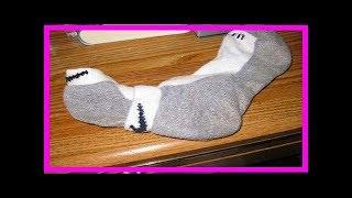 惱人的「長襪」是所有的衣物中最不好收納的,其實只要像這樣擺成『十字』…10秒就有完美成果!