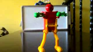 Dancing wind up robot