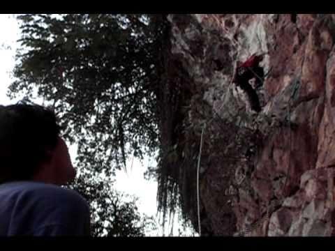 Climbing in Vietnam, Chua Thay