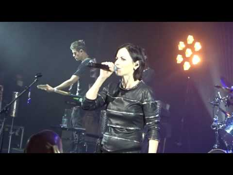 The cranberries dreams live Dublin may 2017 Dolores o Riordan last Irish gig