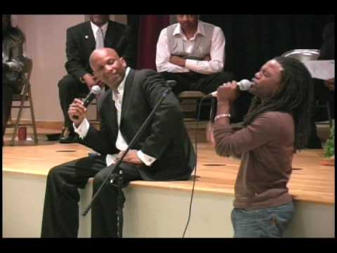 Donnie McClurkin and Dathan Thigpen sing I'm Available To You