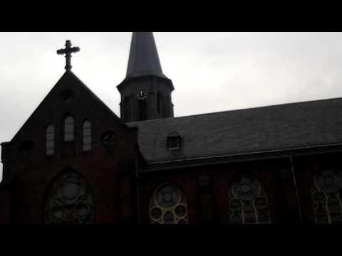 Hilden (D), kath. Kirche St.Jacobus - Angelus Glocke 3 (g')