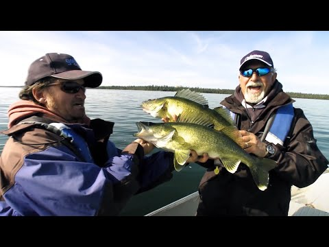 Crushing Big Walleye On Suspending Jerkbaits | Fish'n Canada