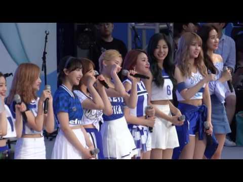 2016 AKARAKA : TWICE(트와이스) - OOH-AHH하게, Interview, 소중한 사랑, Touchdown, CHEER UP