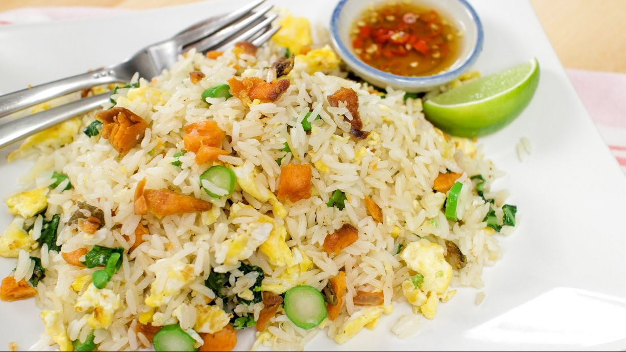 Salted fish fried rice hot thai for Fish fried rice