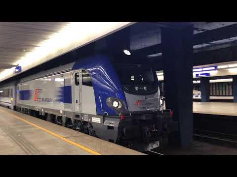 Lokomotywa EU160 Griffin na stacji Warszawa Centralna pociąg Kiev Express