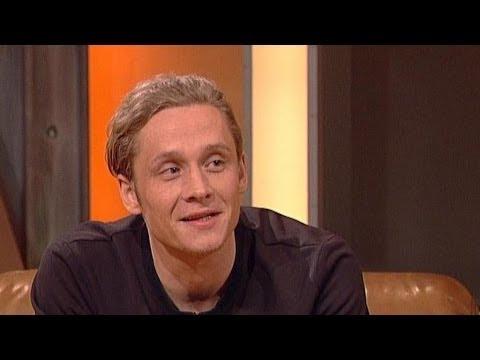 Matthias Schweighöfer Hat Eine Männliche Nanny Tv Total Youtube