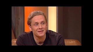 Matthias Schweighöfer hat eine männliche Nanny - TV total