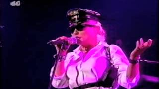 BLONDIE - Rip Her To Shreds. 01. Madrid. Sala Universal Island (29-Oct-1999) HQ