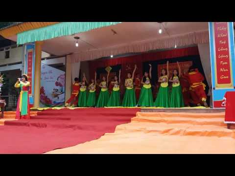 Mái đình làng biển - 11A1 Trường THPT Yên Định 2