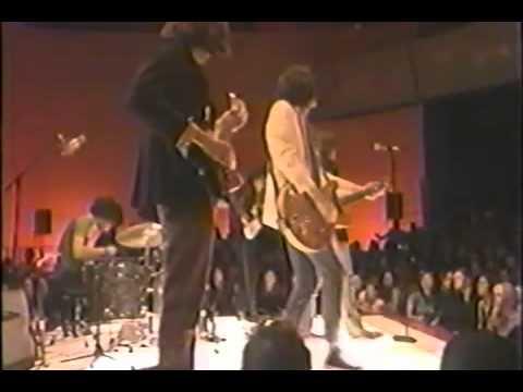 The Strokes - Hard To Explain, Live @MTV $2 Bill 2002