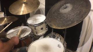Short Drum Solo in Gretsch Renown's and Dream Cymbals