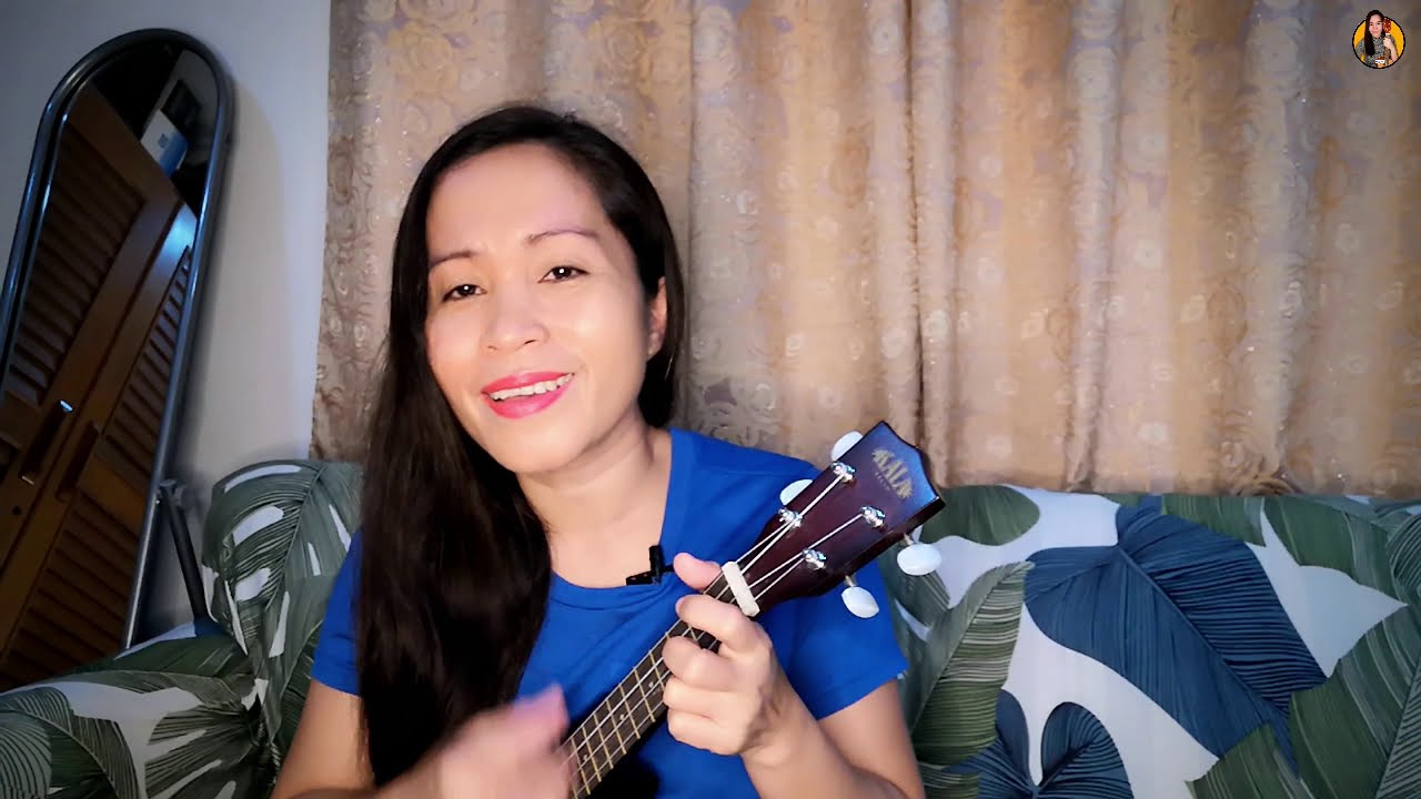 WHAT A WONDERFUL WORLD and MOON RIVER (classic songs medley cover)   Uke Jay