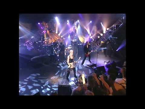 Joan Jett - I Hate Myself For Loving You [ HQ Live ]