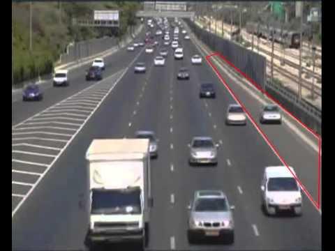 RT   Stopped Vehicle