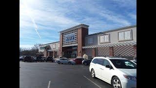 Nostalgia Mall Christmas 2018: Exploring the Greensboro Sears