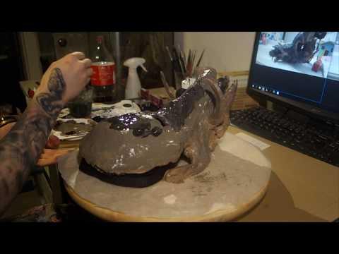 Making Wild Boar skull mask for Swampkiller - part 5 - First coat painting