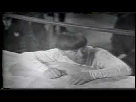 Evil by Howlin' Wolf w/ Original Video mp3