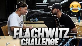 Flachwitz Challenge in der BIBLIOTHEK 😂 l Yavi TV