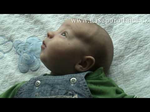 dcda3c43c Hlavička novorozence - YouTube
