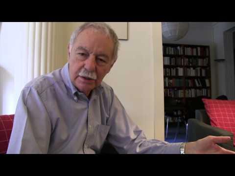 Eduardo MENDOZA, sobre bilingüismo