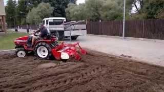 Yanmar Ke 4 traktorek ogrodniczy z glebogryzarką. www.traktorki-japonskie.waw.pl