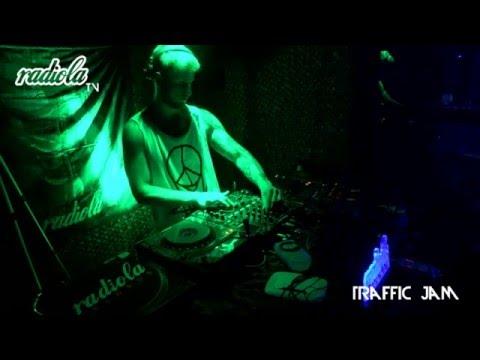 RadiolaTV003 - TRAFFIC JAM