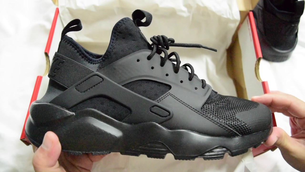 af37bd75bcb 1 Minute Unboxing - Nike Air Huarache Run Ultra (Triple Black)