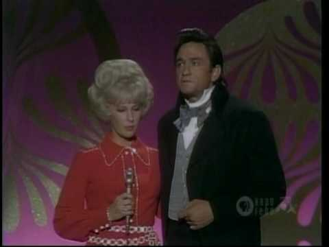 TAMMY WYNETTE STAND BY YOUR MAN (Live - 1969)